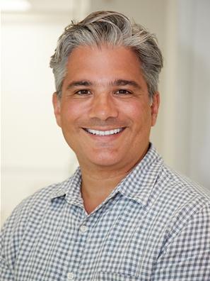 Dr. Zachary Papadakis